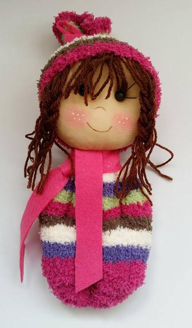 Muñeca soft con calcetín