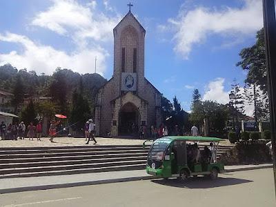 ベトナム・サパの教会
