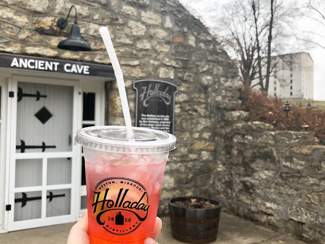 Holladay Distillery || Things to Do in Weston, Missouri