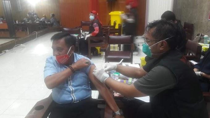 Rohaini Minat Vaksinasi Prioritas untuk Lansia