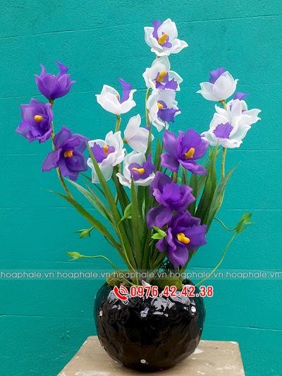 Hoa da pha le o Kham Thien