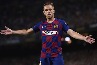 Barcelona midfielder Arthur Melo wants to return in time for Napoli clash