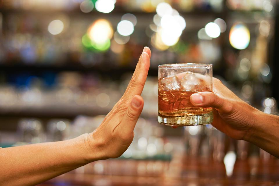 Do you drink alcohol before dinner?