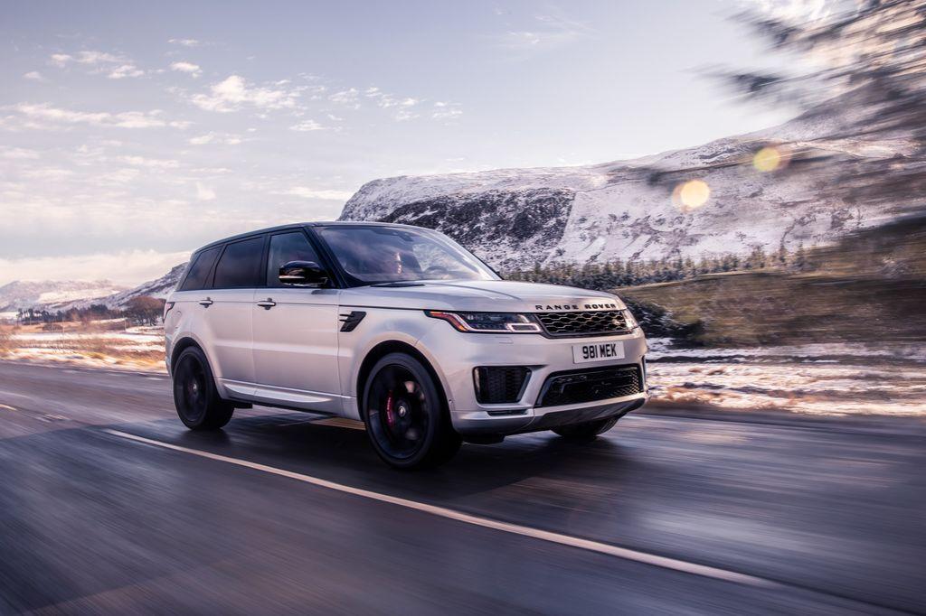 Lô xe Range Rover chính hãng đầu tiên về Việt Nam trong năm 2020