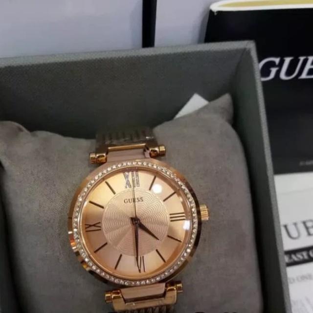 Jam Tangan Guess W0638L4