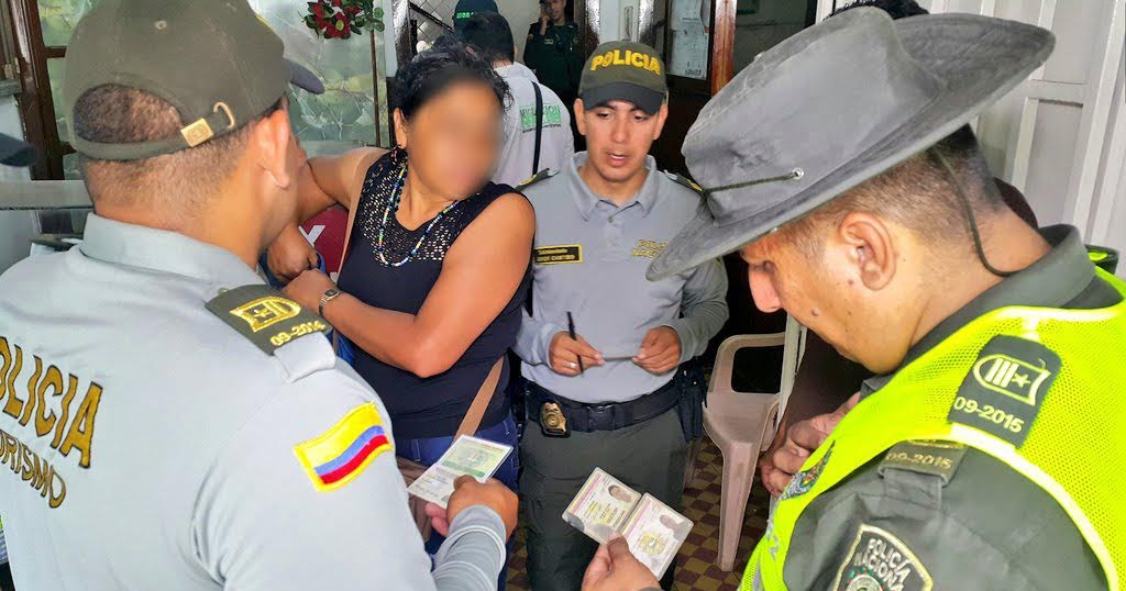 Noticias de c cuta la polic a nacional garantiza la for Interior y policia porte y tenencia