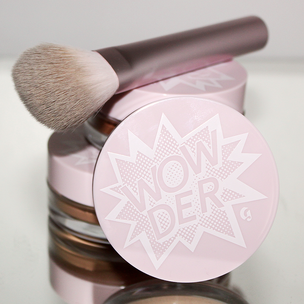 Wowder Brush by Glossier #4