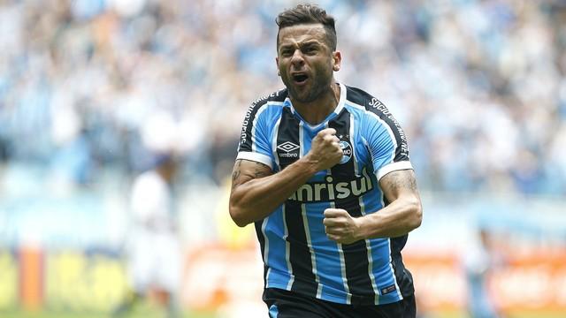 Mais três pontos na conta do Grêmio, por favor