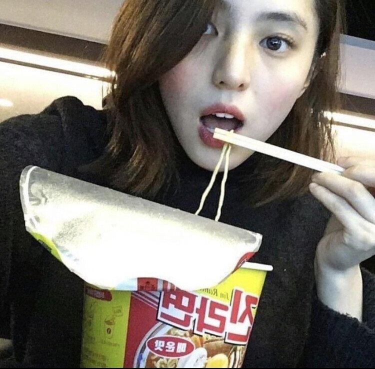 배우 한소희