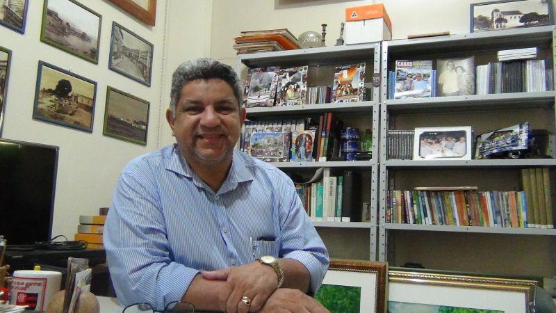 Com covid-19, secretário de Cultura continua sedado e entubado em UTI no Regional