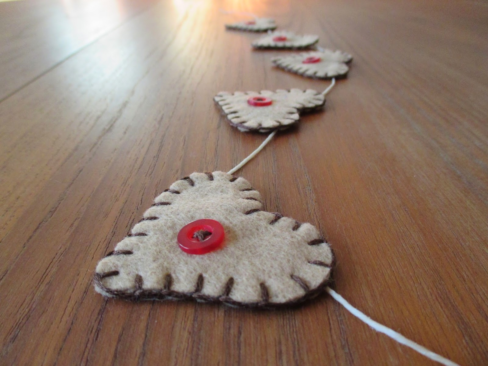 Country Heart Garland handmade felt buttons valentine's day