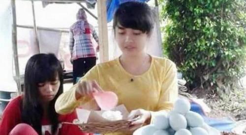 Hebooh, Gadis Cantik penjual pecel mirip Nabilah JKT 48