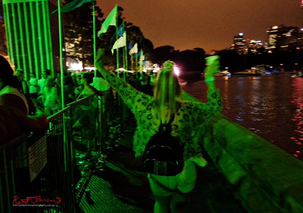 Green light, a walk along the waters edge, time to go. Harbour Life Music Festival Sydney 2016. Photographed by Kent Johnson for Street Fashion Sydney.