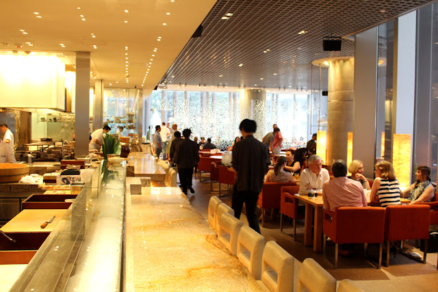 Sunday brunch at Zuma, Hong Kong - Asia travel blog
