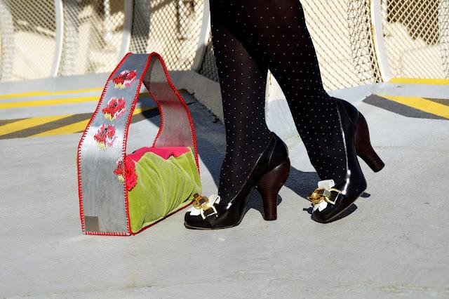 zapato-tacon-bombilla-loewe