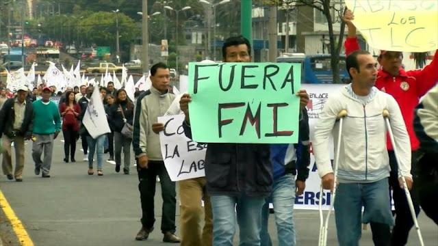 Trabajadores de Ecuador piden referéndum para sacar al FMI