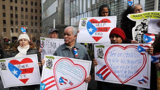 Puertorriqueños piden ayuda humanitaria tras el Huracán María