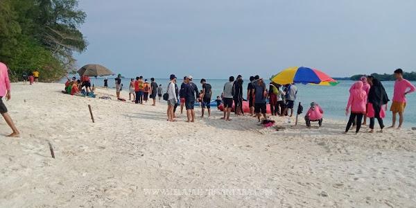 jelajah pulau paket royal island resort pulau kelapa kepulauan seribu