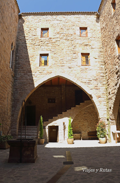 Patio Ducal del castillo de Cardona, Barcelona