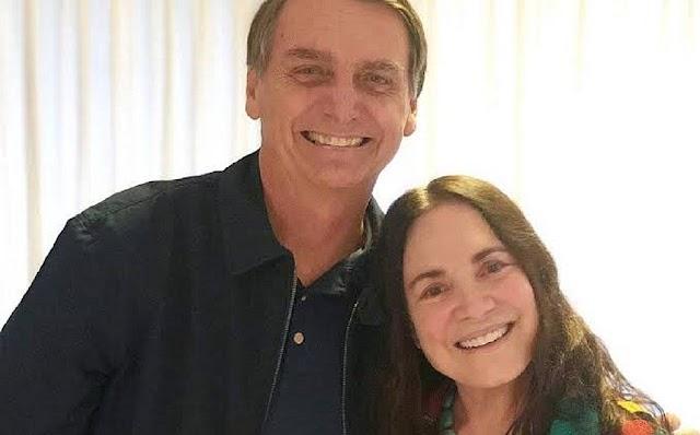 Regina Duarte decide se aceita convite de Bolsonaro para a Secretaria de Cultura