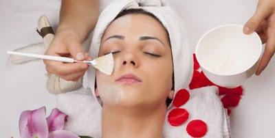 Tips Mencerahkan Kulit Wajah Dengan Susu Dan Kelopak Mawar