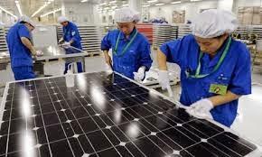 اكبر الشركات المنتجة لألواح الطاقة الشمسية