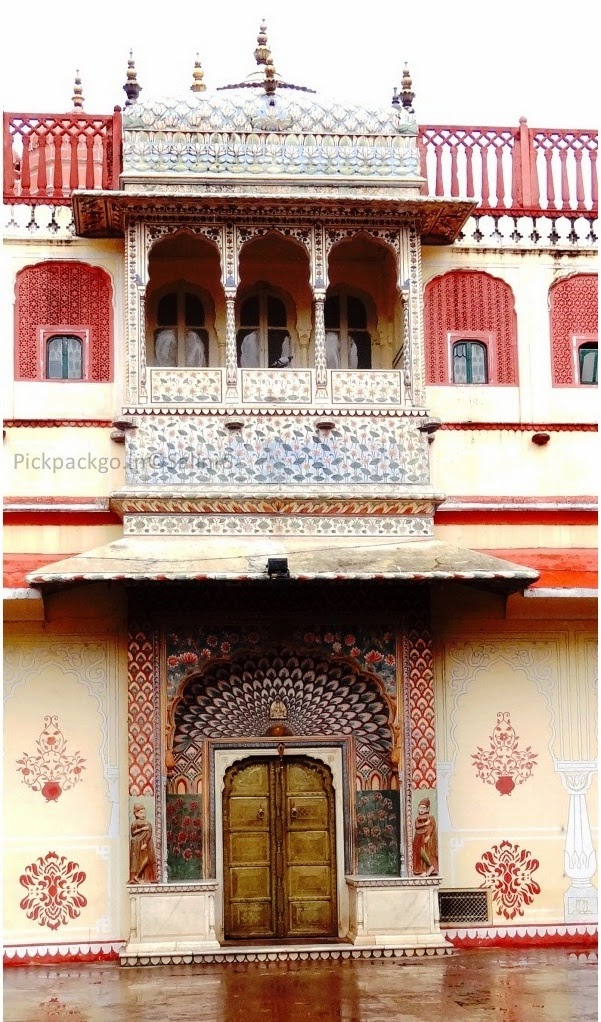 Riddhi- siddhi Pole Gate denoting summer season  Jaipur city Palace - Rajasthan, India - Pick, Pack, Go
