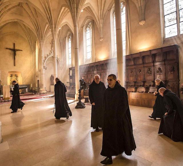'Quem canta bem, reza duas vezes' ensinou Santo Agostinho