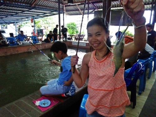 Prawn_Fishing_in_Bangkok