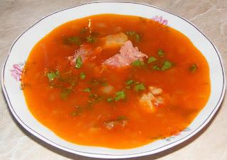supe, fasole, supa, supa de fasole cu ciolan, supa de fasole cu ciolan de porc afumat, retete culinare, retete de mancare, mancaruri de fasole, retete de fasole, retete romanesti traditionale,