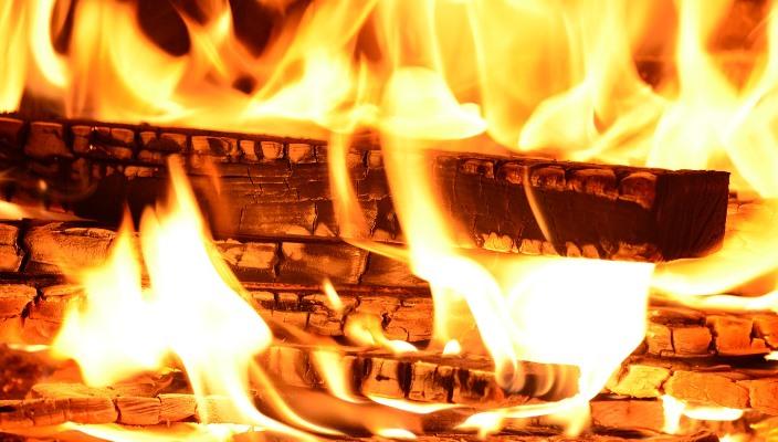 Mengapa Api Sangat Penting Dalam Kehidupan Manusia