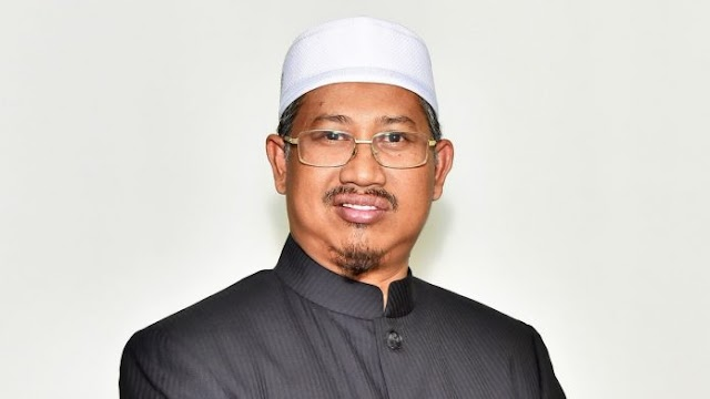 Kerajaan BN Terengganu Sekat RM2.9 Juta Bayaran Elaun Imam, Bilal