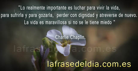 Frases famosas de Charles Chaplin en postales