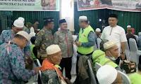 Wabup dan Kejari Sambut Jemaah Haji Sekadau di Batam