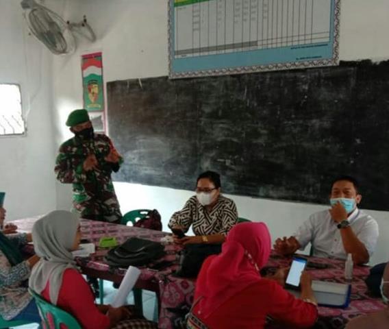 Tepatnya Di  Karang Sari, Personel Jajaran Kodim 0207/Simalungun Edukasi Cegah Virus Covid 19