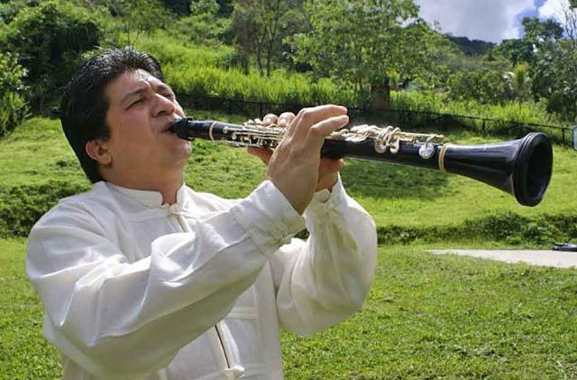 Entrevista al clarinetista Valdemar Rodríguez de la Academia Latinoamericana del Clarinete. Clariperu