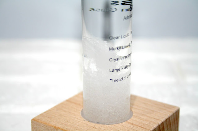 Storm Glass - Does it really predict the weather?