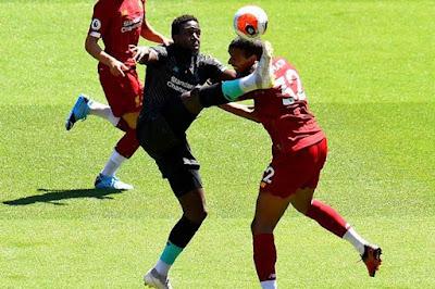 Liverpool đá trận đầu tiên hậu Covid-19: Mane lập công, hạ gục Salah 4
