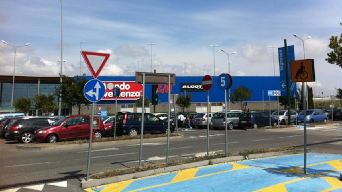 Porte di Catania furto catalizzatori Polizia