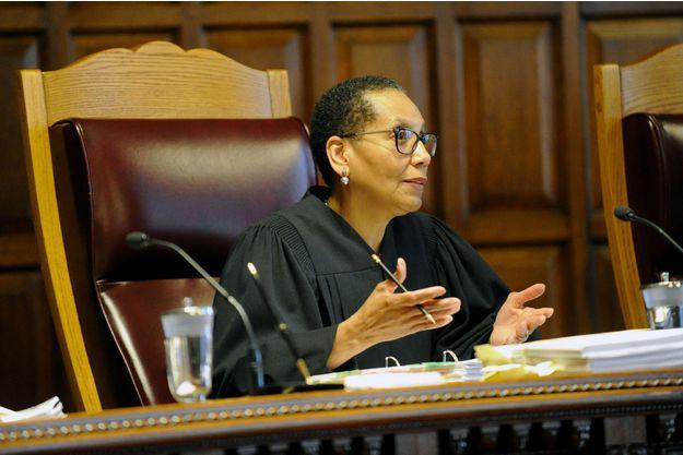قاضية فى نيويورك تمنع دخول طالبات مسلمات إلى الجلسة