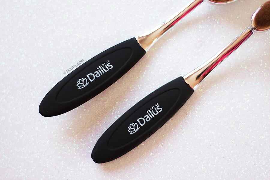 Pincel Escova/Oval (Corretivo e Base) - Dailus