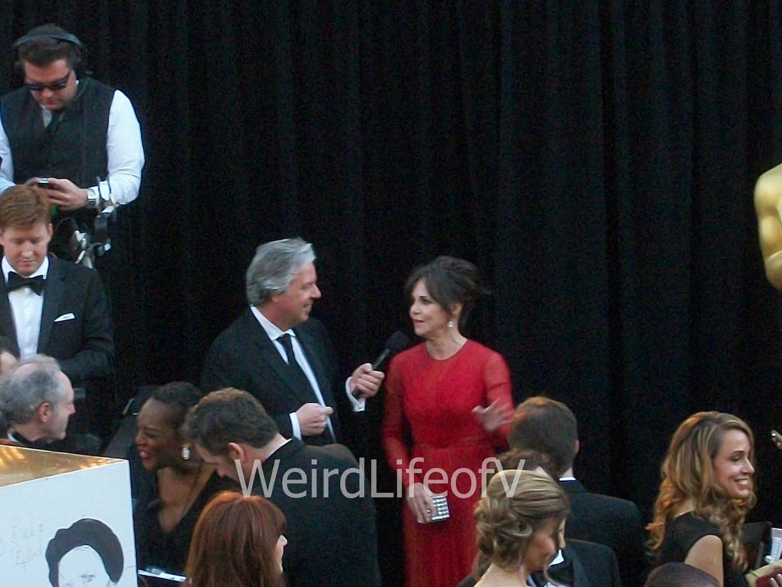 Sally Field being interviewed by Chris Connelly at the 2013 Academy Awards