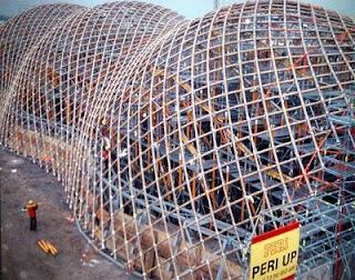Construcción del Pabellón de Japón en la Expo 2000
