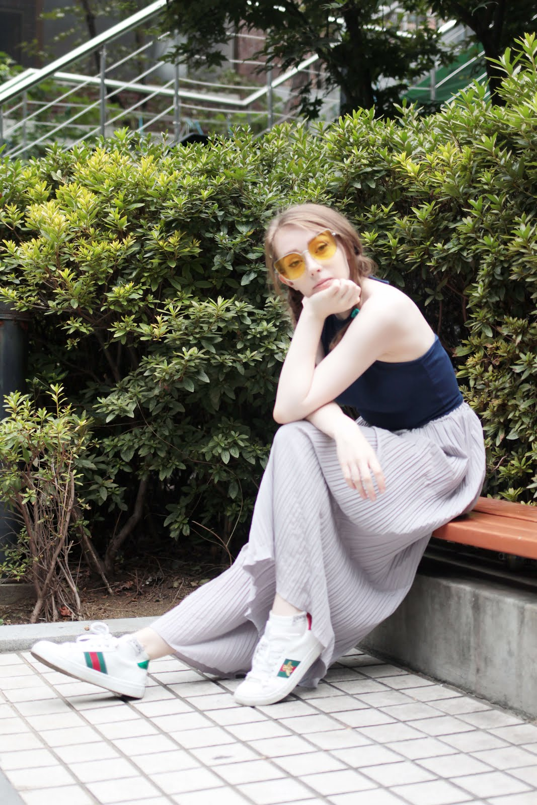 how to wear wide leg trousers petite fashion blogger