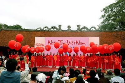 Hari Sajak Vietnam 2019-Jembatan penghubung untuk bawa sajak Vietnam mendunia
