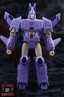 Transformers Kingdom Cyclonus 03