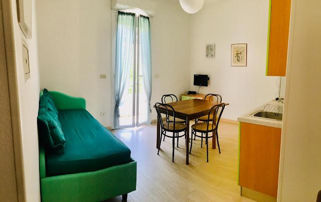 Tutti gli appartamenti sono dotati di condizionatori e  ventilatori