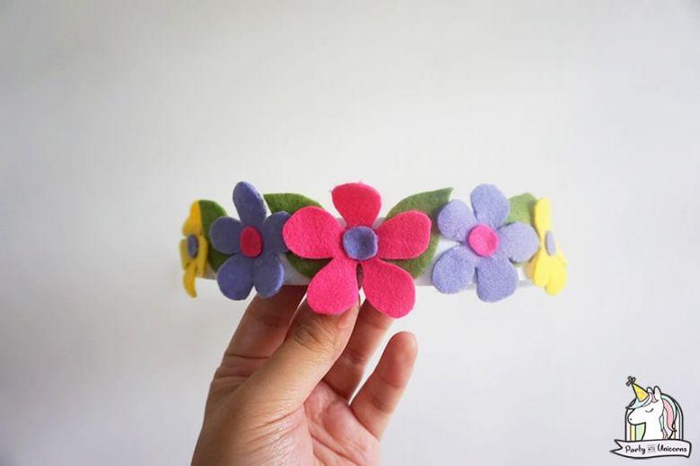 Spring crafts for kids - felt flower crown craft