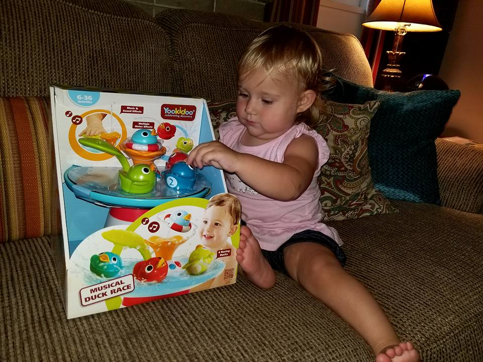Bath Time Fun for All with Yookidoo\'s Musical Duck Race + #Giveaway ...