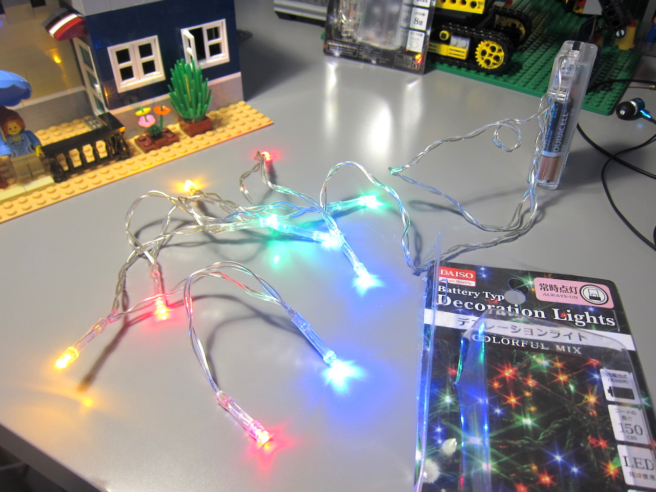 It\'s Not Lego!: LED Lights for Lepin Modulars from Daiso
